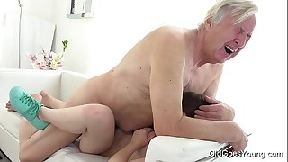 Old goes youthful - luna rival acquires fucked whilst this babe vacuums the rug